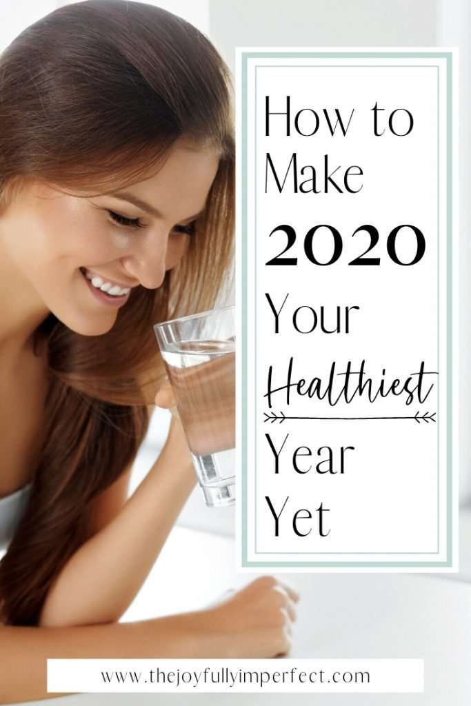 Woman drinking water with text reading how to make 2020 your healthiest year yet for post benefits of a healthy lifestyle 3 ways to invest in your family